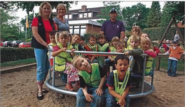 Karussel für den Kindergarten Böklund